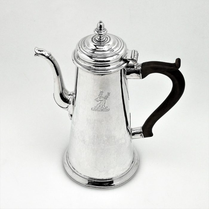 ANTIQUE GEORGE II STERLING SILVER COFFEE POT NEWCASTLE 1728 GEORGIAN