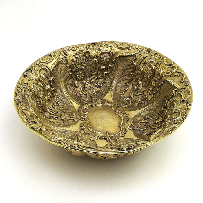 ANTIQUE WILLIAM IV LARGE STERLING SILVER GILT BOWL 1833 FRUIT