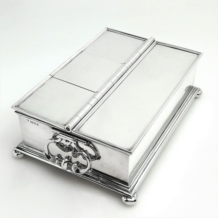 STERLING SILVER TREASURY INKSTAND / INK WELL / DESK STANDISH 1925 COMYNS FOR TIFFANY & Co